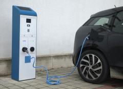auto-elettrica-2