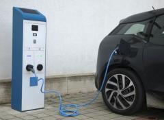 auto-elettrica-2_0