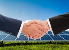 Fotovoltaico_accordo_stretta_mano_11