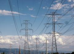 rete-elettrica-tralicci
